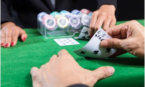When should you bet on the banker or the player in baccarat?